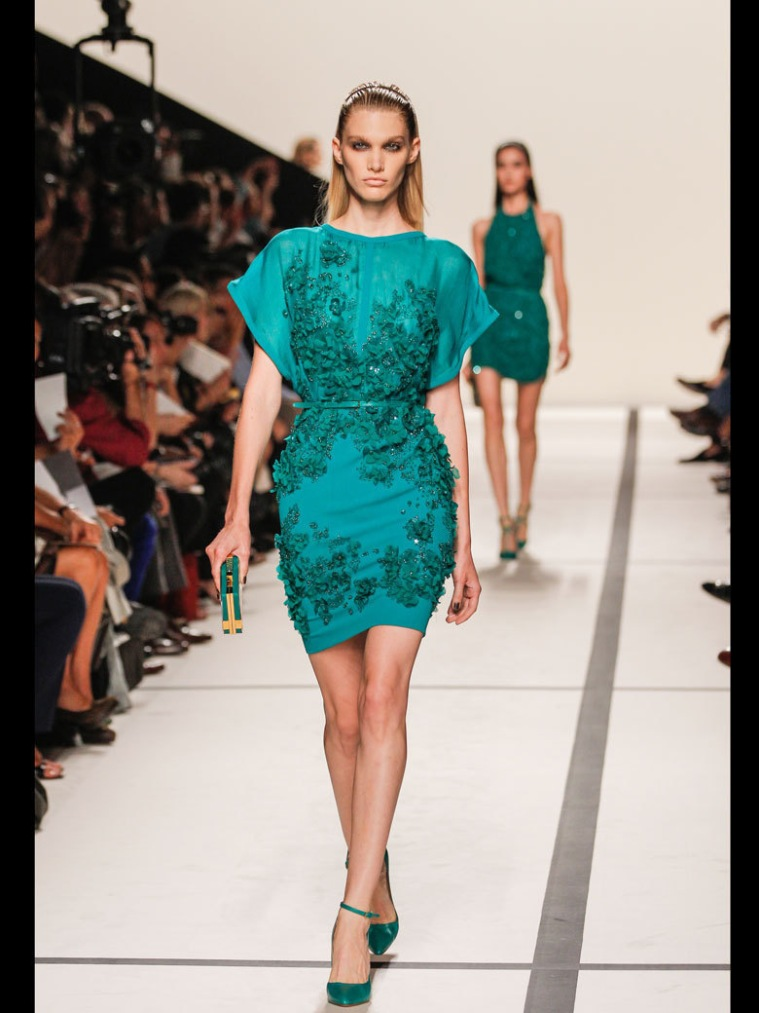 Le-defile-Elie-Saab-printemps-ete-2014_emeraldGreen_fav1