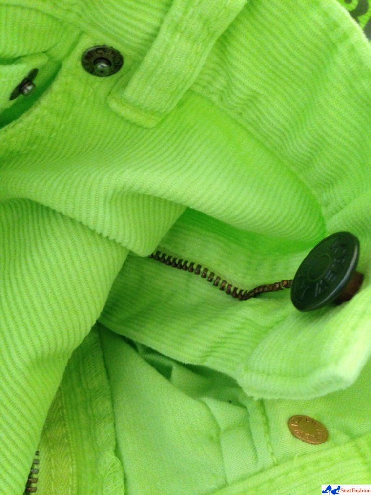 ebelandi_review_jcrew_midrise_toothpick_lime_green_3