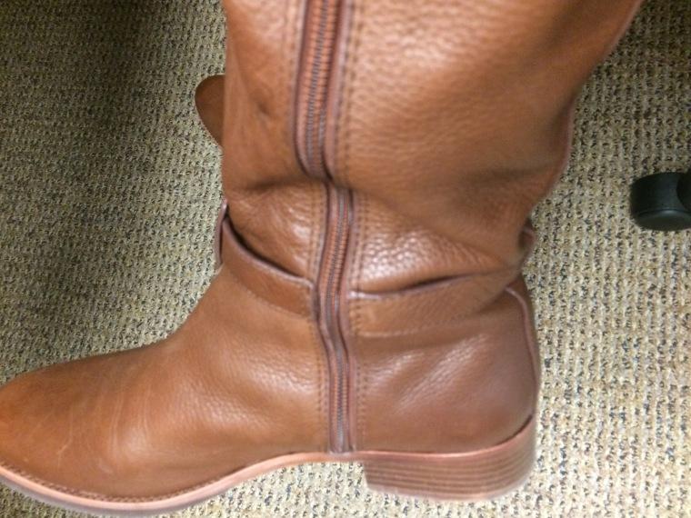 ebelandi_toryB_amanda_boots_3