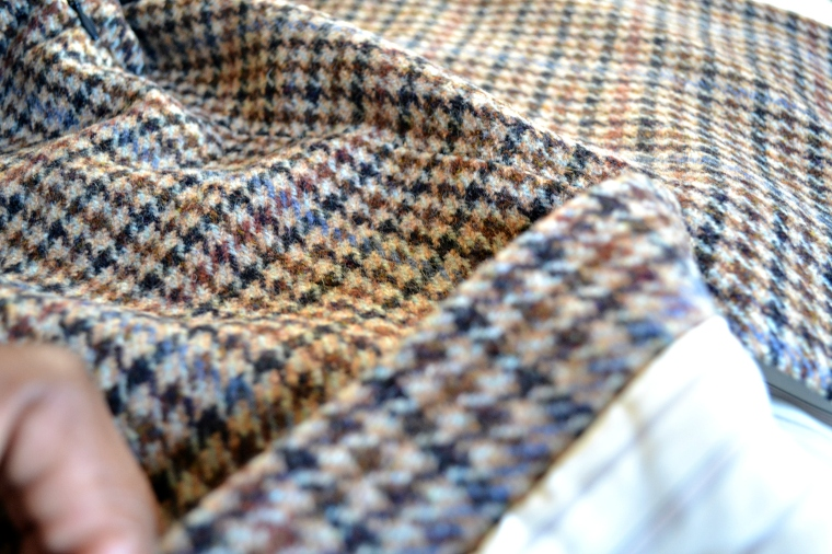 ebelandi_jcrew_no2_pencil_houndstooth_2